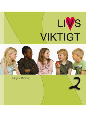 Fem barn mot en vit och grön bakgrund.